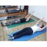 clínica de pilates para dores na coluna