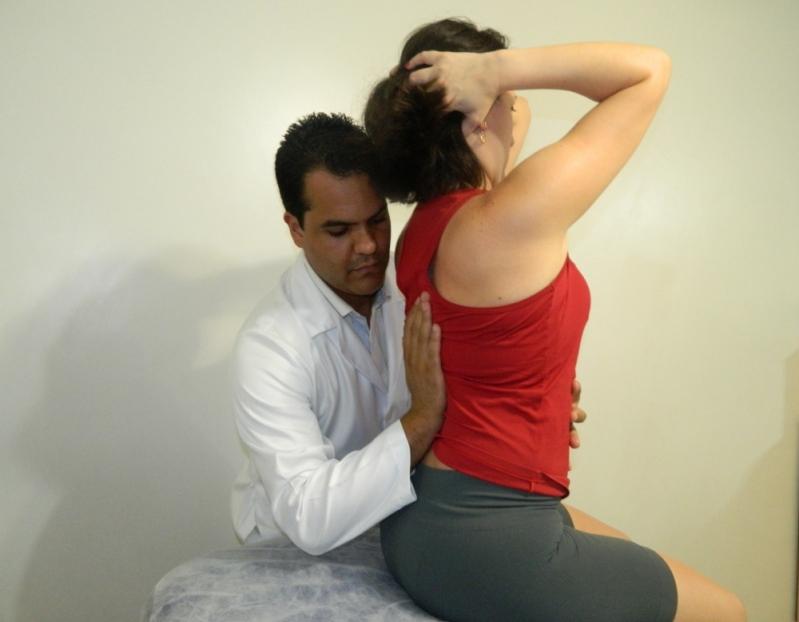onde encontro fisioterapia para escoliose Cidade Universitária